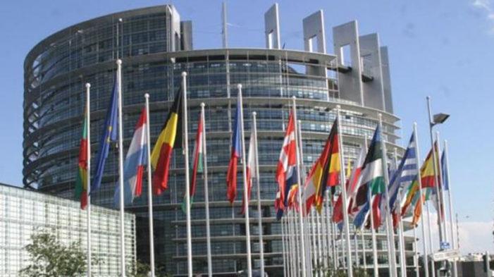 Migrazioni / Termometro per lo stato di salute dell'Ue. Tanti i progetti, molti di più (finora) gli egoismi