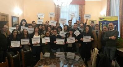 Acicatena / Consegnati attestati di partecipazione a 27 giovani neo animatori turistici