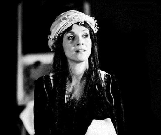 """Teatro / """"Rosalina – come la polvere e il fuoco"""" di Silvia Guidi in scena domani e il 18 a""""L'Istrione"""" di Catania"""