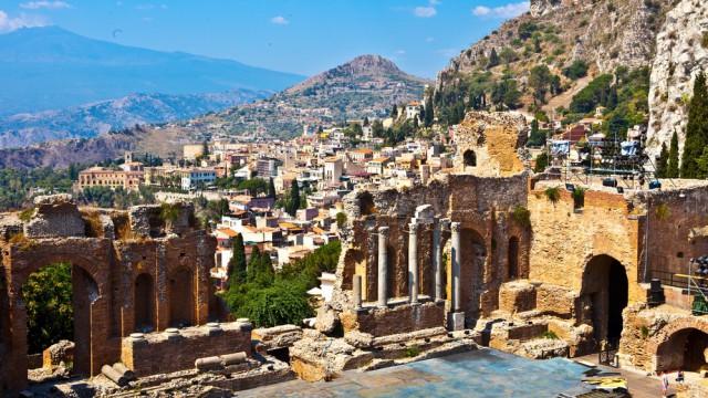 Turismo / Boom di turisti russi attesi in Sicilia. L'agenzia Yandex: l'Isola è una delle mete più ricercate on-line
