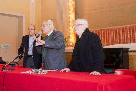 """Acireale / Al """"San Michele"""" riflessione di don Franco Battiato su """"la Chiesa di Papa Francesco"""" al convegno degli ex alunni"""