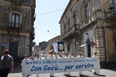 """Diocesi / Giovedi 28 a Giarre la """"Giornata dei Ministranti"""". L'importante ruolo degli aiutanti dei parroci"""