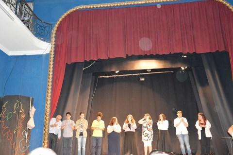 """Istituto Majorana-Meucci / """"Cammarera story"""", magnifica performance degli alunni nel laboratorio teatrale"""