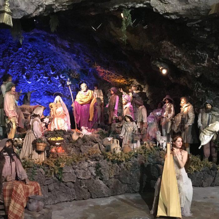 """Acireale / La musica celtica di Ginevra Gilli incanta il pubblico della """"Grotta"""""""