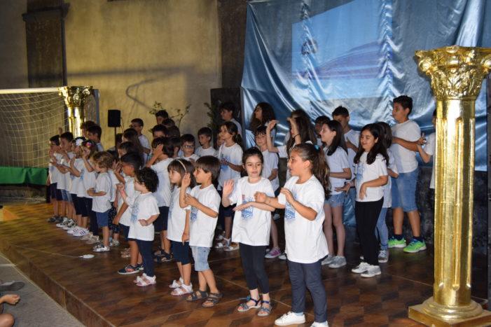 Valverde / Nello spettacolo finale dell'oratorio estivo si parla di Gesù ai ragazzi anche attraverso i social