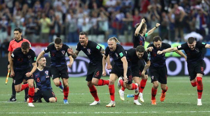 Calcio / Mondiali 2018: Croazia, la gioia è ancora di rigore. Russia ko
