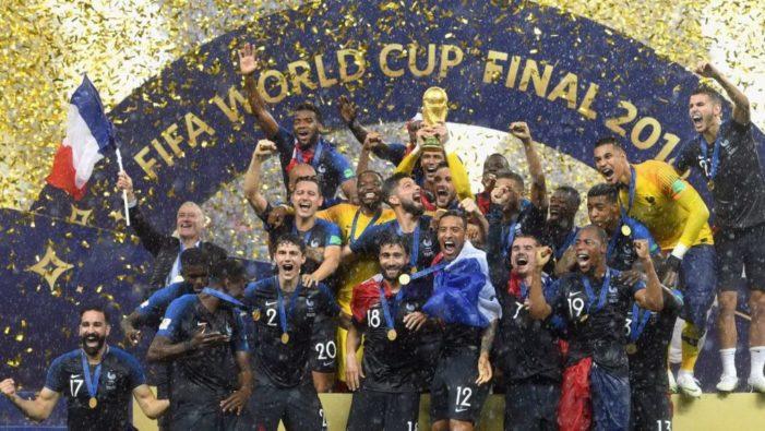 Calcio / Mondiali 2018. Campionati di Russia, les jeux sont faits: la Francia nuova regina del calcio mondiale