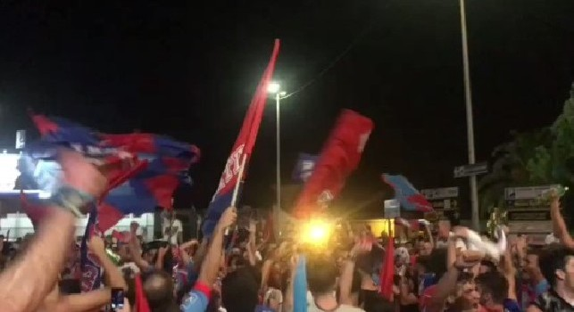 Catania calcio / I rossazzurri ripescati in serie B. Tifosi in festa