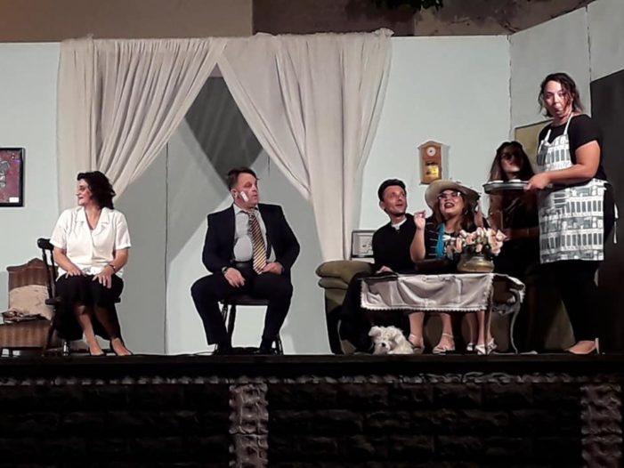 """Santa Venerina / La """"sicilianità"""" prende forma in piazza a Dagala. In corso la sesta rassegna teatrale Re d'Argento"""