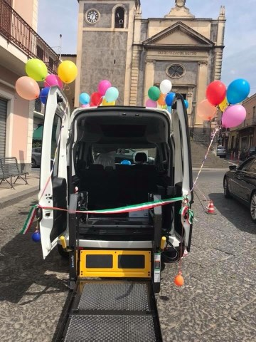 """Solidarietà / Potenziato a Ragalna e Belpasso il servizio """"taxi sociale"""" gratuito per anziani e bisognosi"""