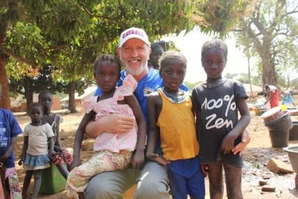 """Solidarietà / Gli """"Amici delle missioni"""" da 20 anni operano in Guinea Bissau: un'esperienza che arricchisce e riempie il cuore"""