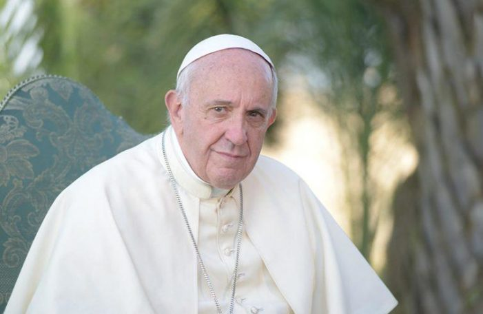 """30 anni del Sir / Messaggio di Papa Francesco: """"Accendere i fari informativi su tutte le periferie"""""""