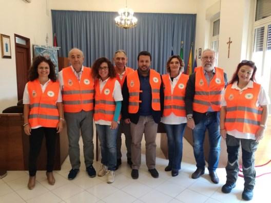 """Santa Venerina / Presentato il progetto """"Separati in casa, valorizzati in piattaforma""""per una gestione virtuosa della raccolta differenziata"""