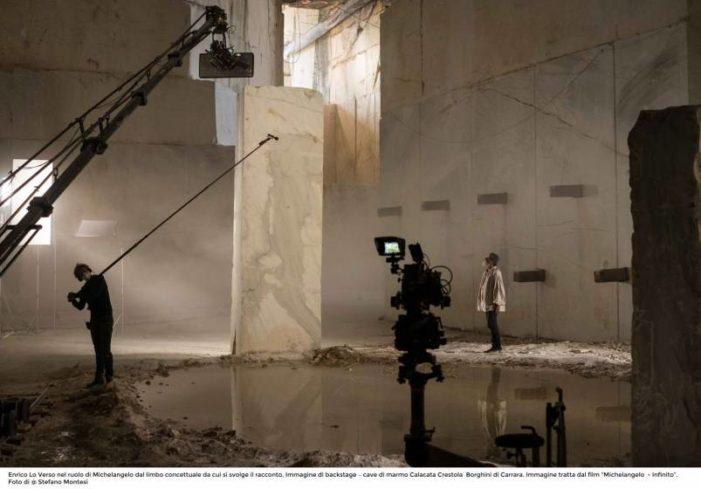 Film / Michelangelo racconta il suo (essere) Infinito con l'aiuto di Vasari