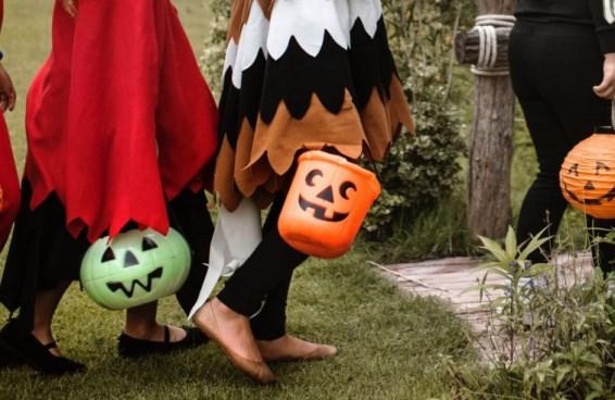 """Halloween / E' una festa pericolosa? Gli esorcisti: """"Non è un gioco innocente, ma un progetto anti-cristiano"""""""