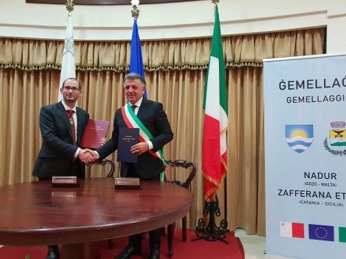 """Gozo / Ora Zafferana e Nadur sono gemellate. Il sindaco Russo: """"Per i due  Paesi opportunità culturali e commerciali"""""""