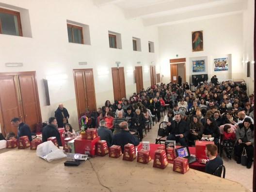 Acitrezza / I 25 anni di attività della Confraternita S. Giovanni Battista illustrati durante la tombola natalizia