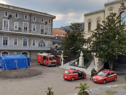 Sisma di Santo Stefano – 13 / A Zafferana ordinanze di sgombero per quasi cento edifici