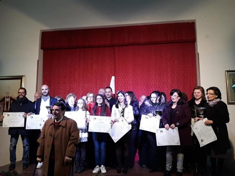 """Giarre / Alla poetessa Diletta Mauro il premio """"Manuel Foderà"""" per diffondere il testamento spirituale del bambino di Calatafimi"""