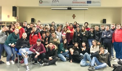Consorzio Il Nodo / Al via campagna di sensibilizzazione con 10 spot per un uso consapevole del web tra i giovani