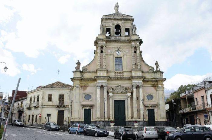 Sisma di Santo Stefano – 14 / A Santa Venerina pervenute mille richieste di sopralluogo. In piena attività il C.O.C.