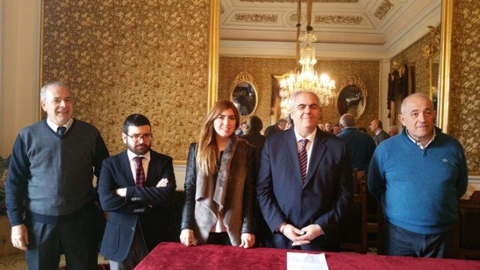 Giarre / Hanno giurato i nuovi assessori comunali Li Mura e Oliveri. Il sindaco D'Anna riassegna le deleghe