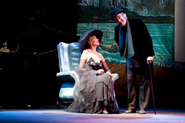 """Teatro / """"Buongiorno contessa"""": straordinario viaggio immaginario di Rigillo e Rossini nella letteratura di tutti i tempi"""