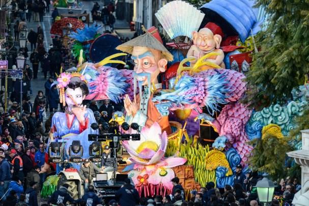 Carnevale di Acireale – 11 / Violenza sulle donne e nuove culture i motivi ispiratori dei due carri vincitori