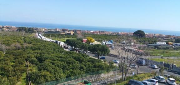 """Giarre /  Rimodulato il mercato del giovedì. Il sindaco D'Anna: """"Bisogna trovare un'area più consona"""""""