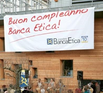 Economia / Banca Etica compie 20 anni. Da sempre al servizio delle persone e dell'ambiente