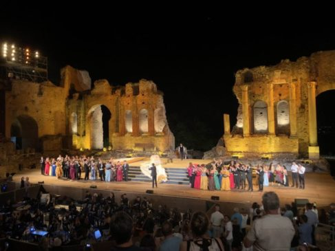Teatro Di Verdura Calendario 2020.Mythos Opera Festival 2 Applausi Ed Emozioni Al Teatro