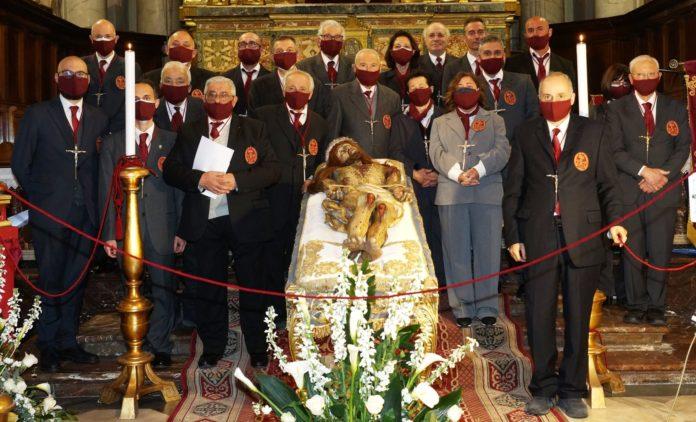 Settimana santa processione preghiera