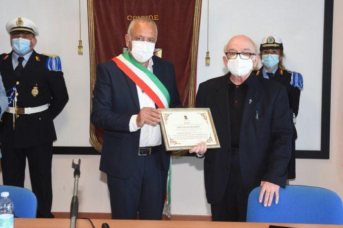 cittadinanza onoraria a don Lo Giudice