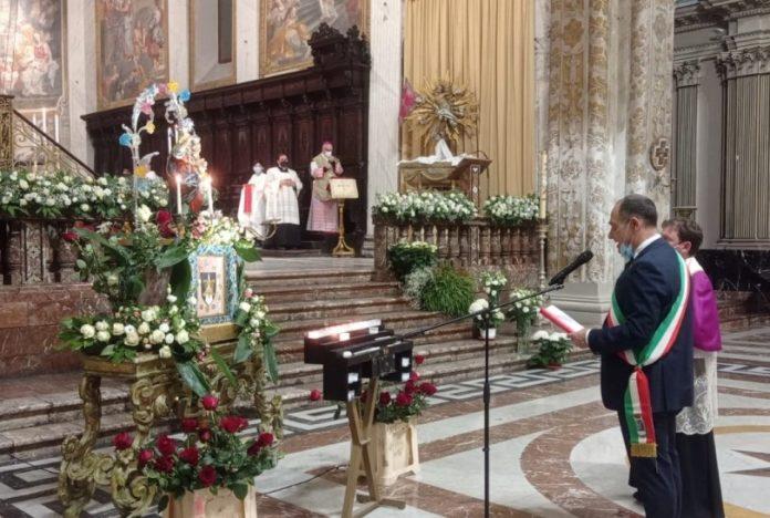 affidamento città di Acireale alla Madonna del Rosario