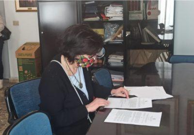 seconda nuova impiegata all'ufficio sisma di aci sant'antonio
