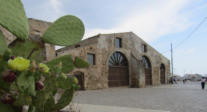 Marzamemi borgo marinaro antica tonnara araba