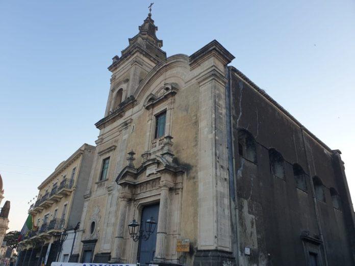 chiesa san michele arcangelo aci sant'antonio