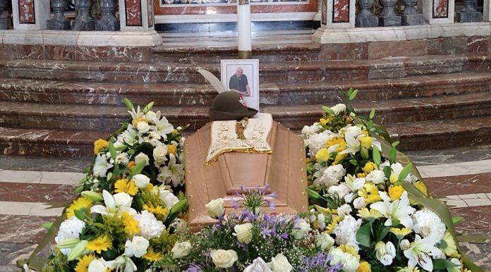 mons. Nicolosi-funerale