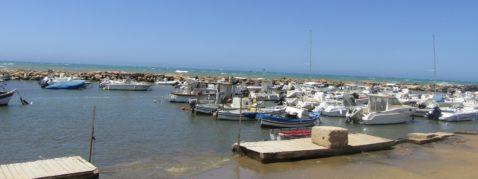 Punta Secca spiaggia Ragusa molo