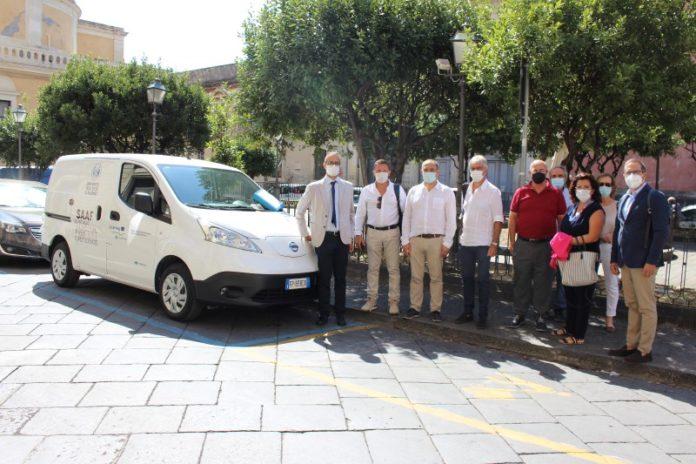 furgone elettrico a Retefattorie sociali